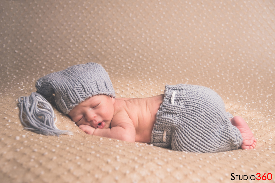 Newborn, bebe, recien nacido, estudio, familia, Adrian