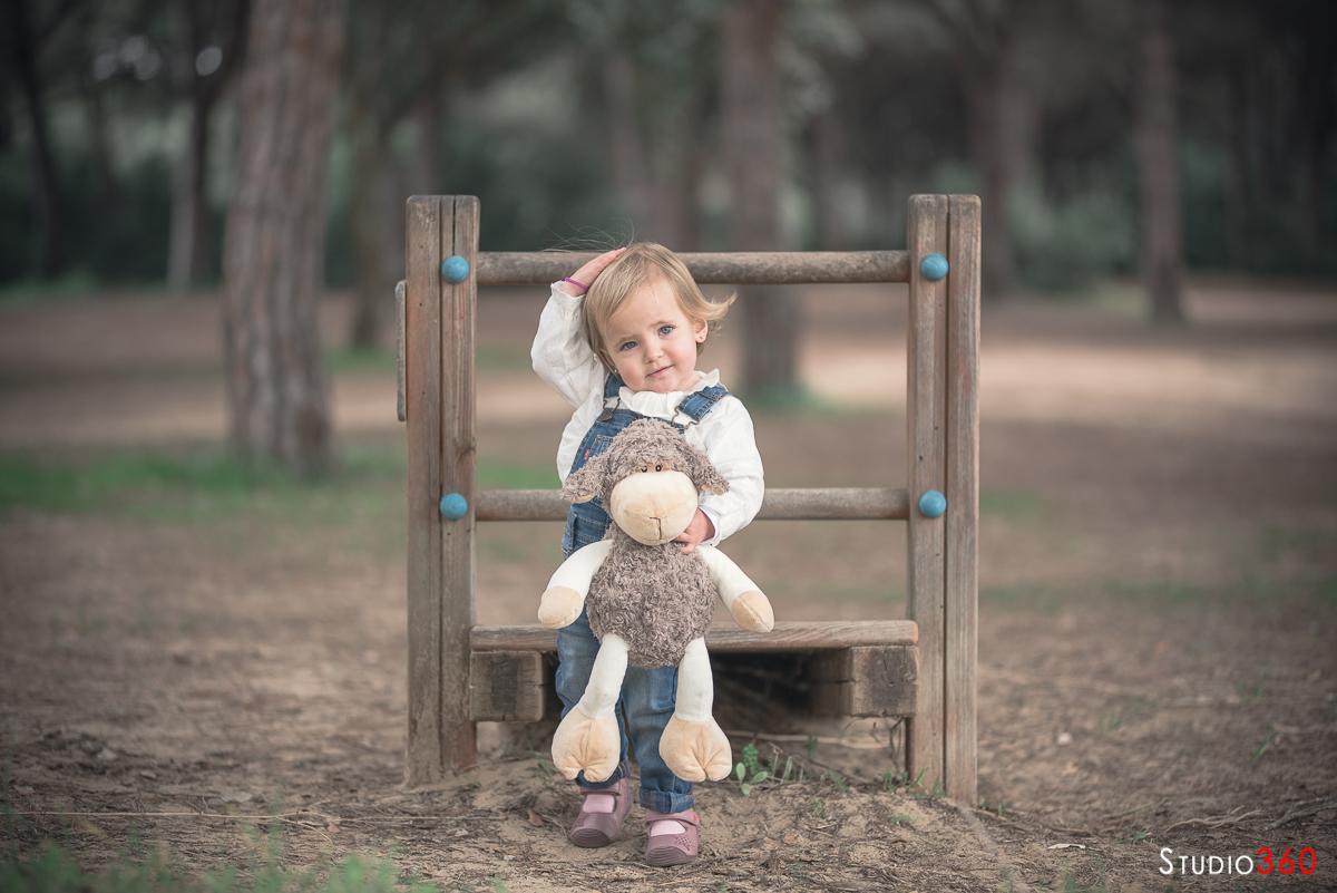 Niño infantil campo sesion fotografica