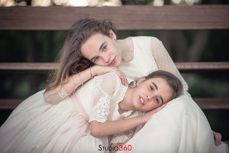 Comunion hermanas niña polo ayala